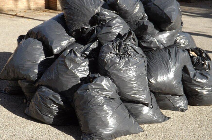 Śmieci tylko do worków Eko-regionu