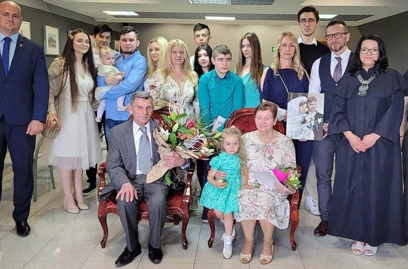 Teresa i Andrzej Szewczykowie z Przewodowic obchodzili Złote Gody