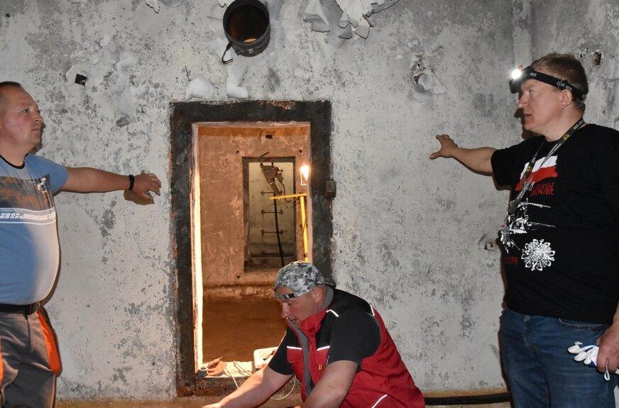 Trwa rekonstrukcja podziemnego schronu wojskowego. Zapraszamy do środka!