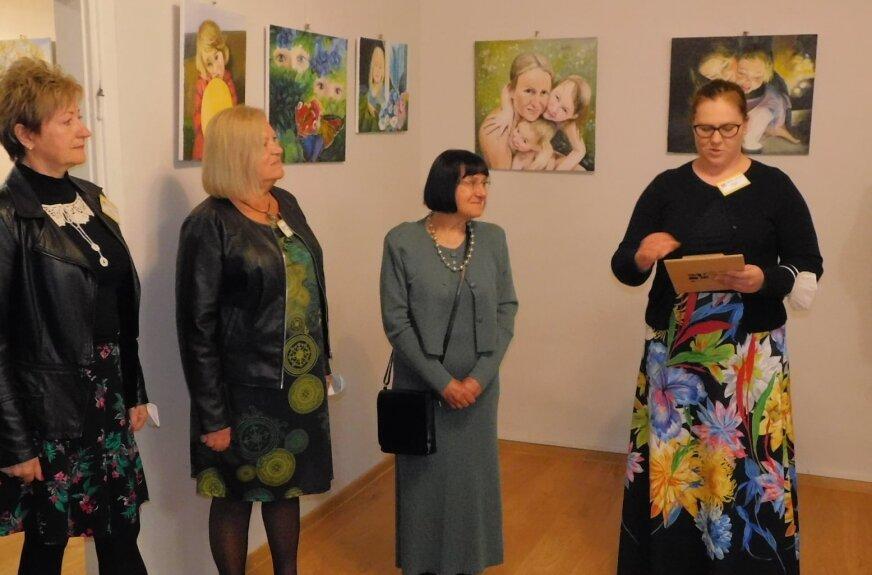 W Galerii U Nas w Puszczy Mariańskiej można oglądać wystawę prac malarskich Hanny Gancarczyk.