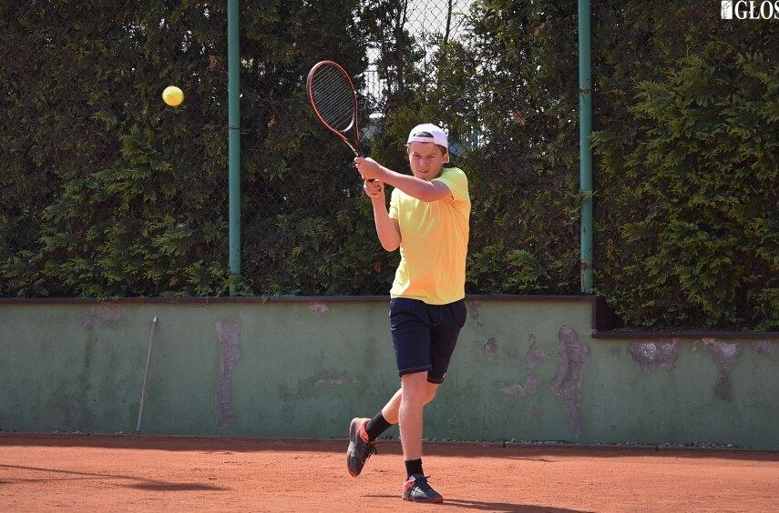 W męskim turnieju otwarcia sezonu wzięło udział 16 zawodników.