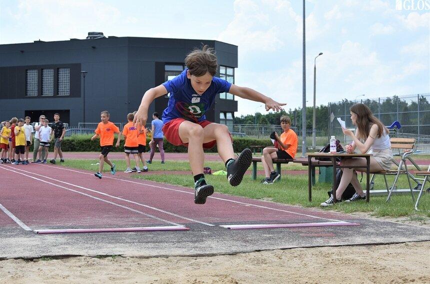 Środowy Memoriał Jacka Kłosińskiego był formą sprawdzianu dla młodych lekkoatletów przed Finałem Krajowym 2021 Czwartków Lekkoatletycznych.