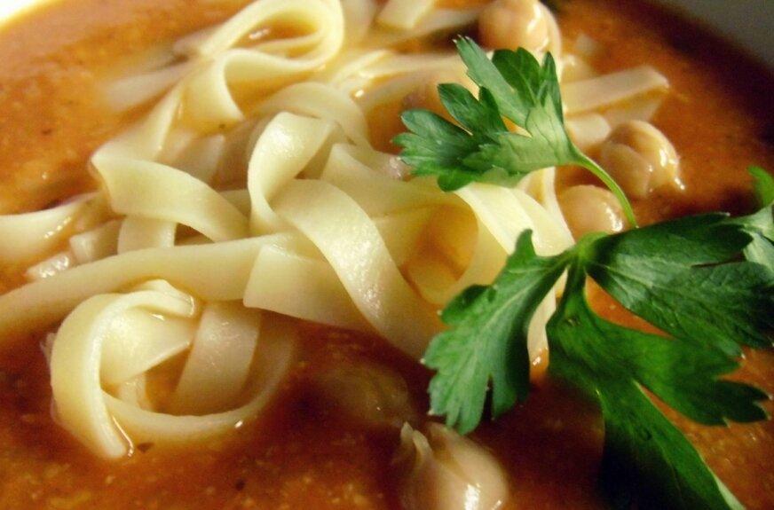 Wiosenna zupa krem z cieciorki