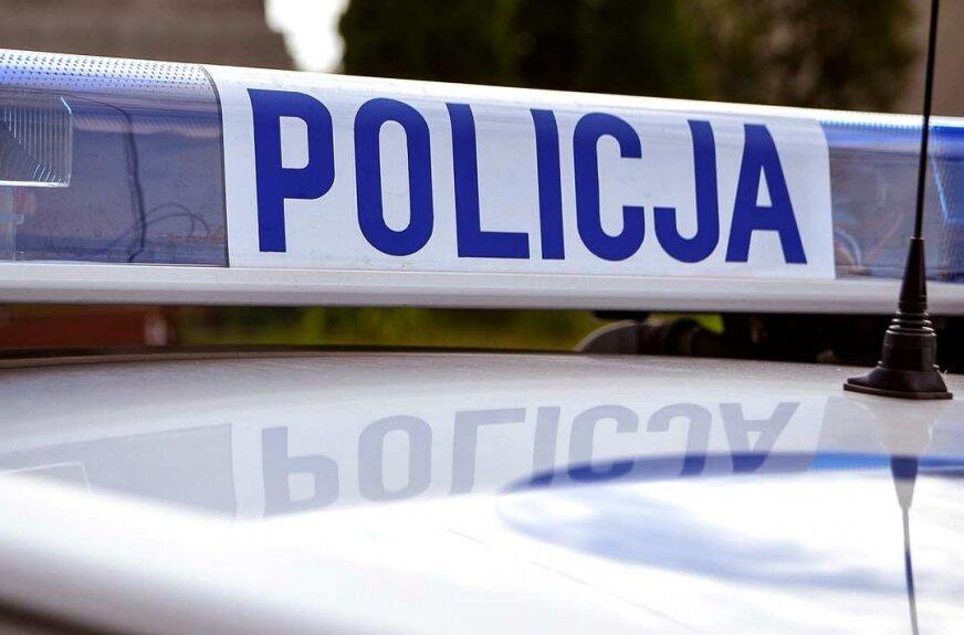 Kierowca audi uciekał przed policjantem na motocyklu