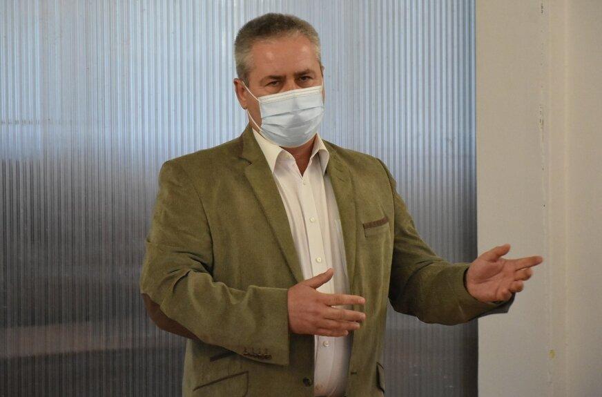 Mariusz Niemiec, pełnomocnik grupy inicjującej referendum w sprawie odwołania Czesława Pytlewskiego, wójta gminy Skierniewice.