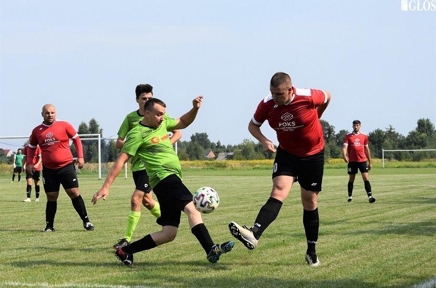 W Mokrej Prawej kibice obejrzeli aż 7 bramek. Pogoń pokonała Jutrzenkę 4:3.