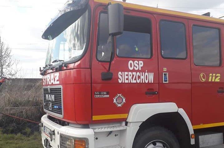 W akcji ratunkowej brali udział druhowie z OSP Sierzchów.