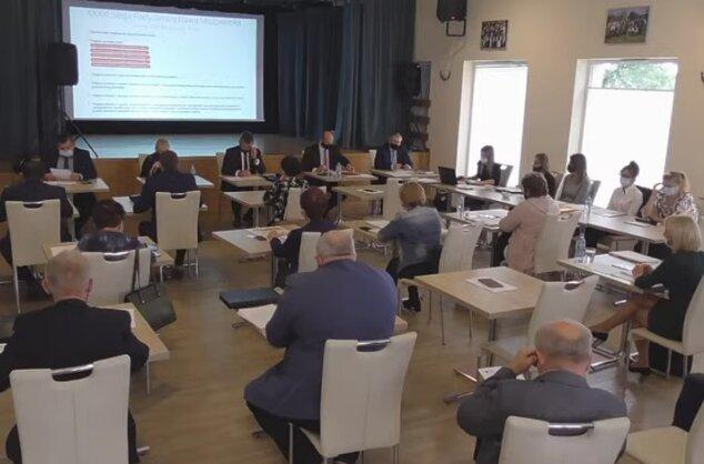 Na dzisiejszej (24.09) sesji Rady Gminy Rawa Mazowiecka jej członkowie przyjęli uchwałę o wprowadzeniu opłaty adiacenckiej.