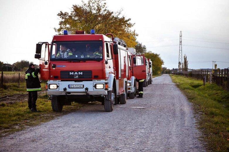 Paliła się hala w fabryce domów w Skierniewicach
